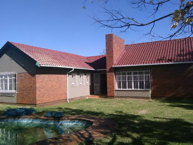 Residential Property on 1115m2 Land on Auction 15 Nov