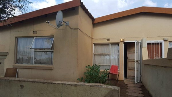 2 Bedroom, 1 Bathroom House with a Parking Bay on Auction
