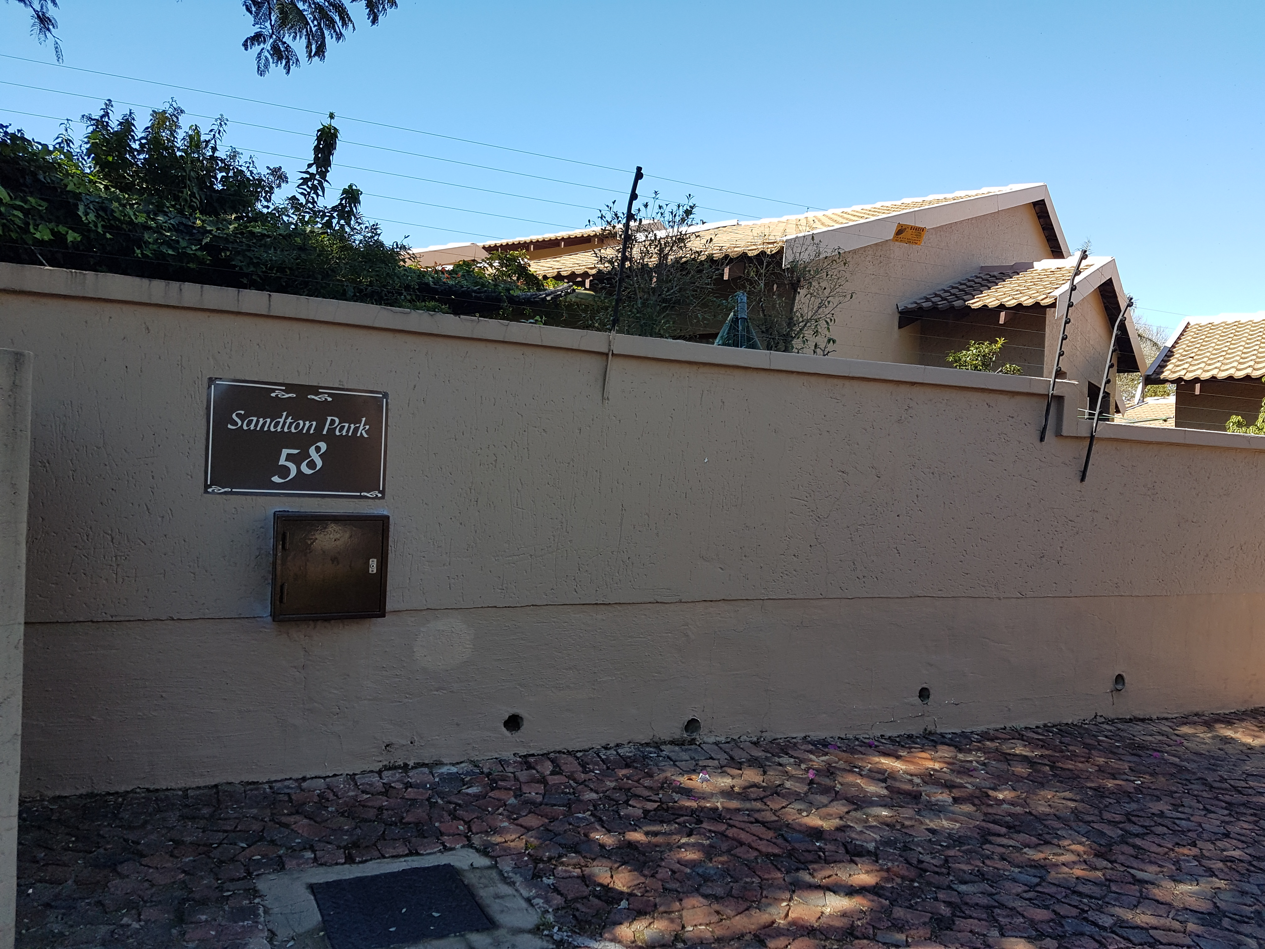 3 Bedroom Cluster in Fourways on the 13th June 2017, @ 12:30
