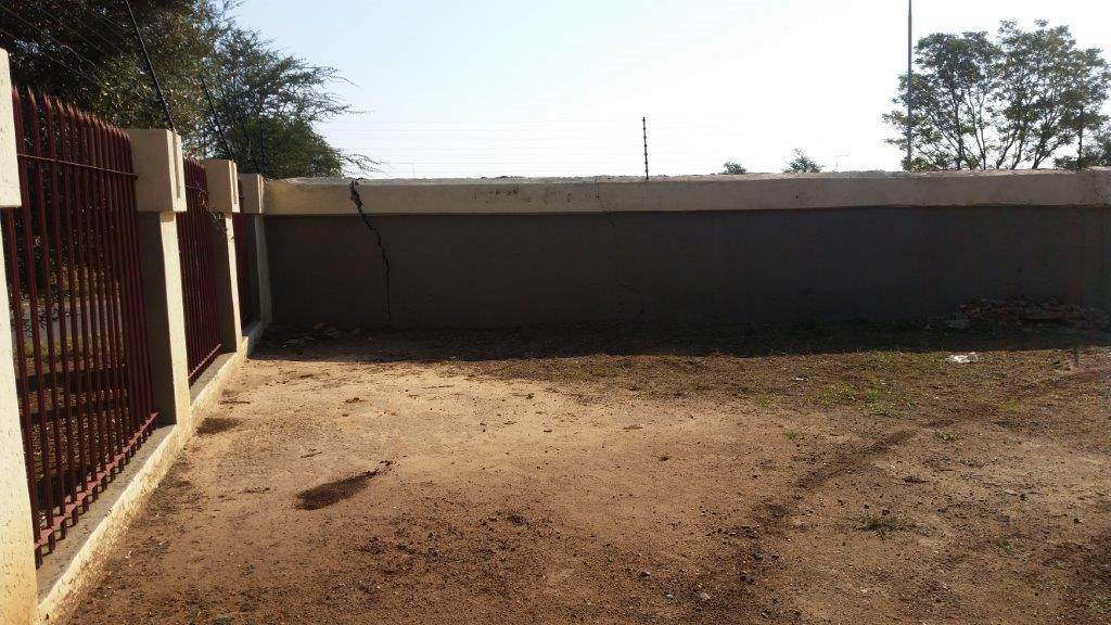 A Neat Property in Sinoville on Auction, 27 JULY 2017 @ 12:30